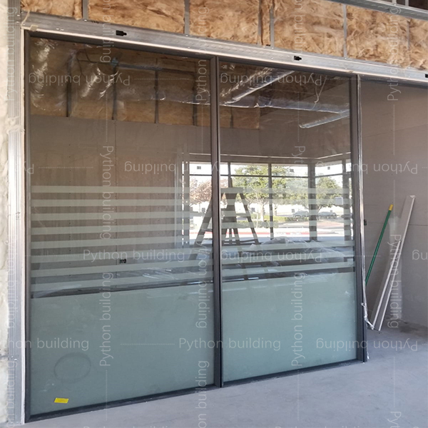 New glass office partition in US