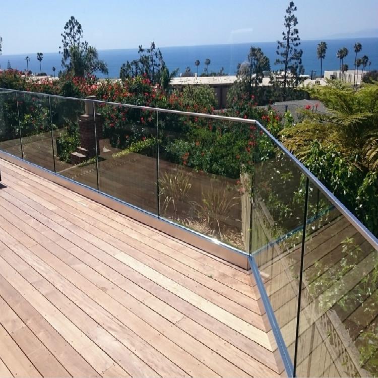 Aluminum U Channel Tempered Glass Balcony Railing