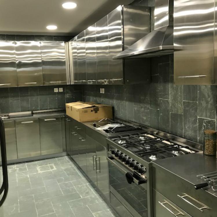 Saudi Stainless Steel Kitchen Cabinet
