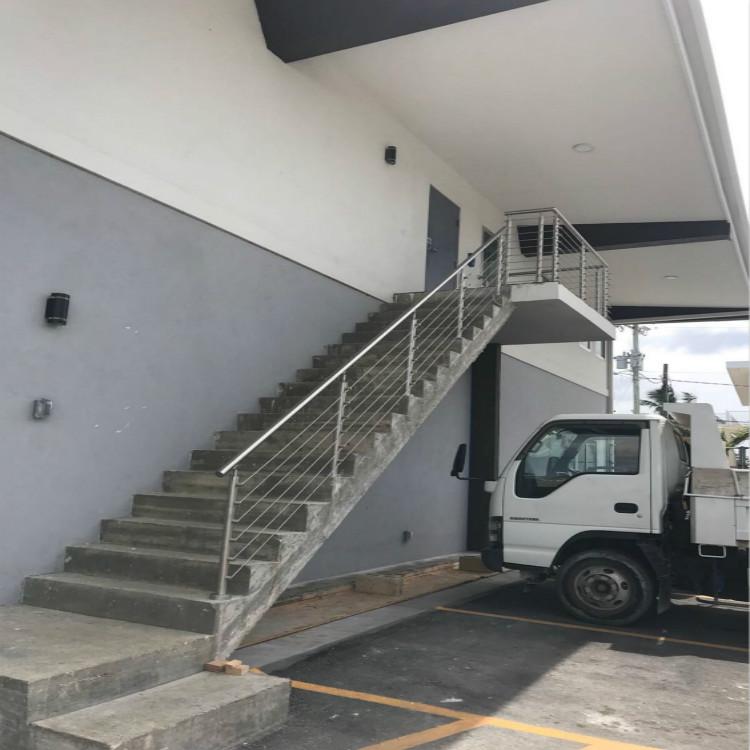 Rod Bar Railing In Cayman Islands